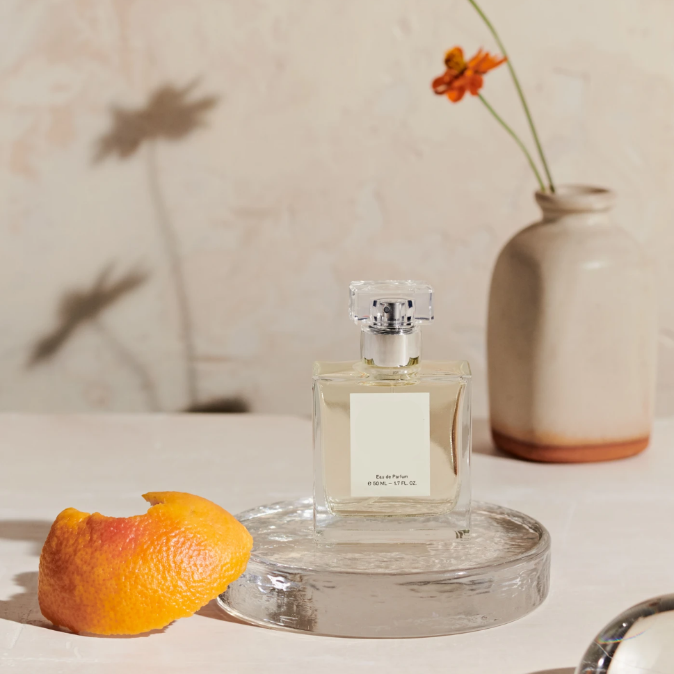 9 Natural Perfumes & Fragrances That Are Non-Toxic