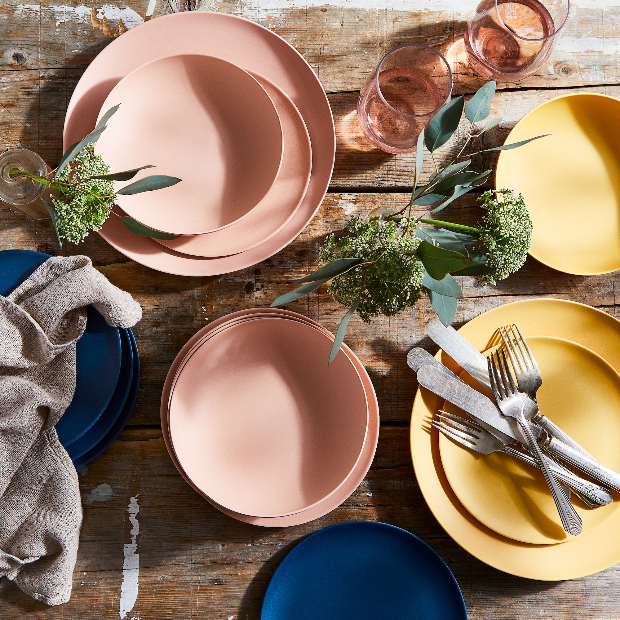 Sustainable Outdoor Dinnerware for your Artisan Home