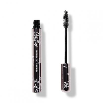 Our Favorite Natural Mascaras | Cruelty-Free Makeup Brands
