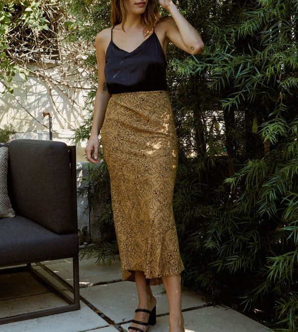 Diana Skirt in Tan Lady Print · Whimsy & Row · Sustainable Clothing & Lifestyle Brand