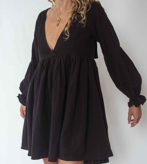 DEZIA MINI DRESS – BLACK
