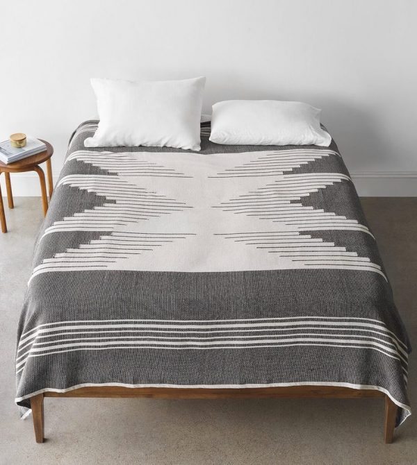 Bico Bed Blanket – The Citizenry