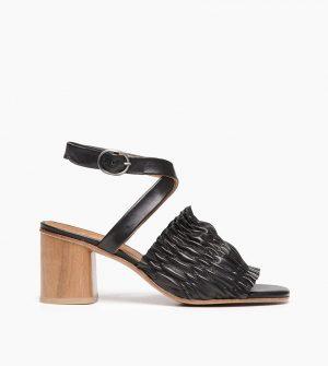 B52 Sandal