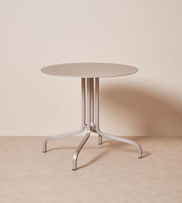 1 Inch Cafe Table