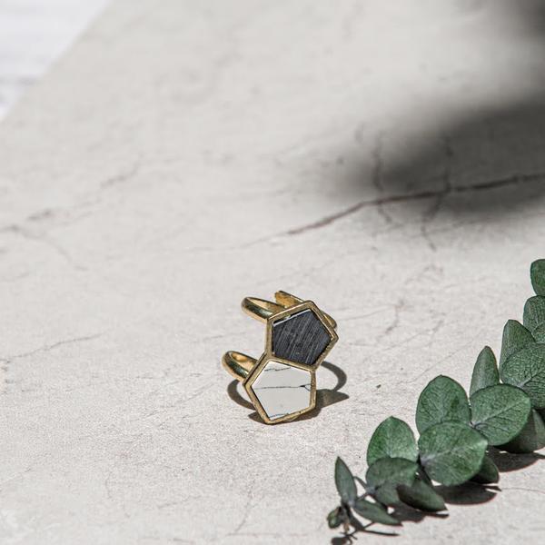 Geometric Love Ring