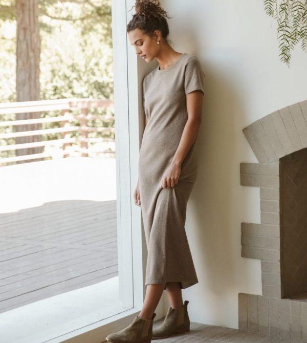 Everyday T-Shirt Dress – Taupe | Jenni Kayne