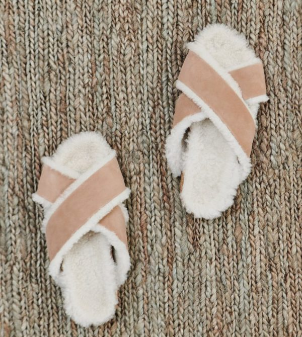 Shearling-Lined Crossover Sandal – Natural