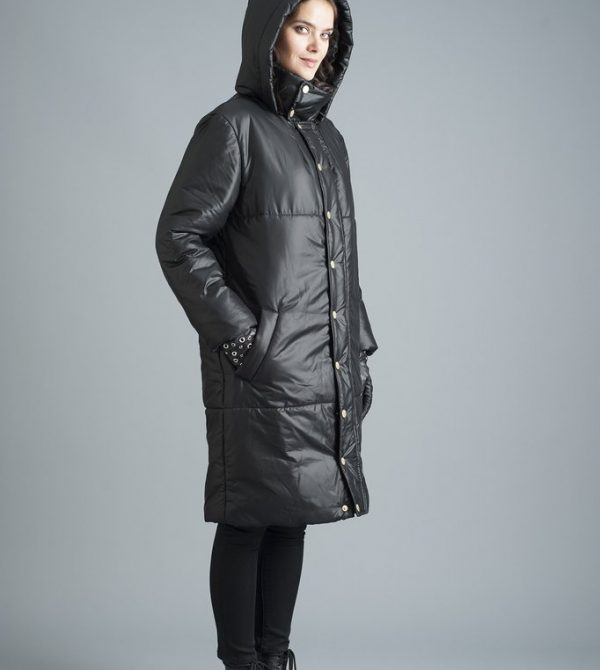 The Casto Parka in Black – Matte Black