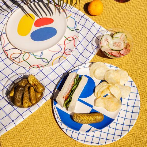 Bamboo Dinner Plates in Outline Set