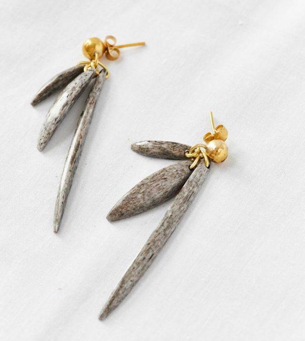Yiana Dangle Earrings // Grey