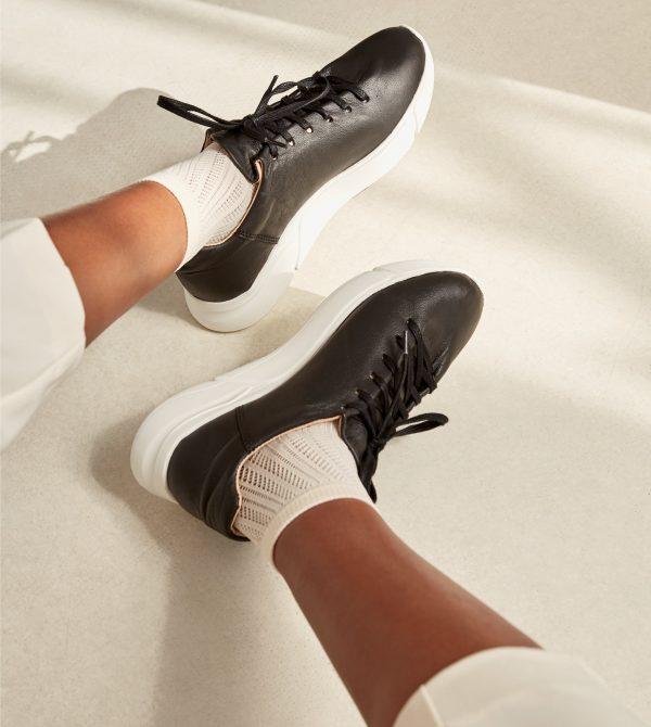 Minimalist Black White Luxa Sneaker*