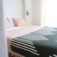Flow (Verde) // Handwoven Blanket -tribetrue