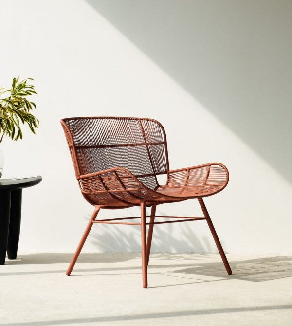 Outdoor Lounge Chair (Rose-Coral)